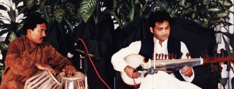 Asad Qizilbash Performing In President House Islamabad 1994